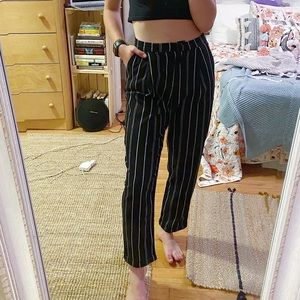 3/$19✨ H&M Trousers